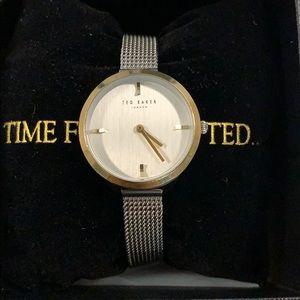TED BAKER WOMEN'S CLASSIC WATCH TE15198027
